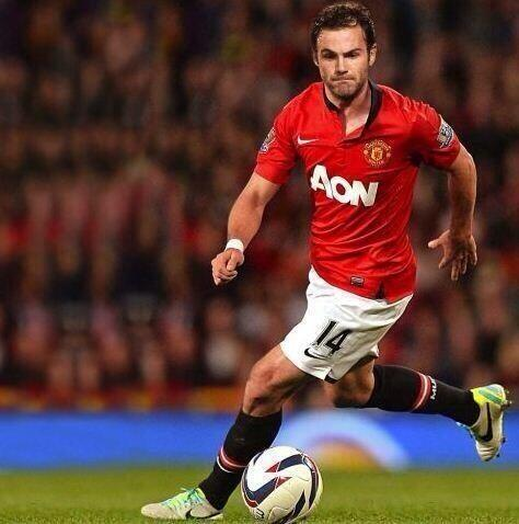 What the Manchester United fans want to see, featured in the best Juan Mata puns as Chelsea accept a £37m bid