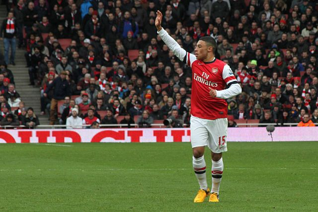 Alex Oxlade-Chamberlain, central to the 'Marriner sends off Gibbs by accident' farce