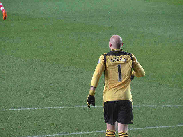 Brad Guzan, one of our top 5 January wildcard goalkeeper bargains