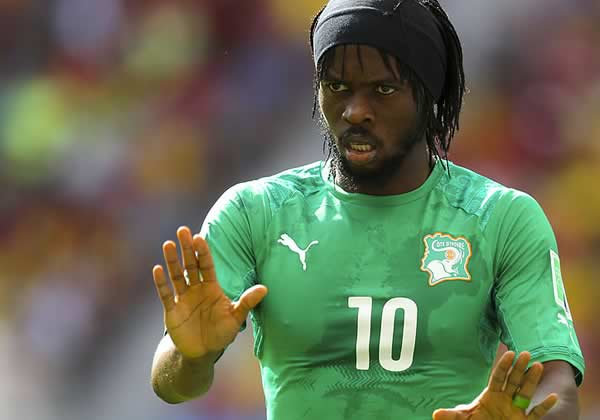 The Gervinho memes & jokes were caused by this man sitting in a chair during the Ivory Coast vs Ghana AFCON final penalty shootout