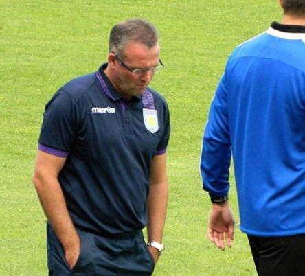 Aston Villa goal drought increases pressure on Paul Lambert