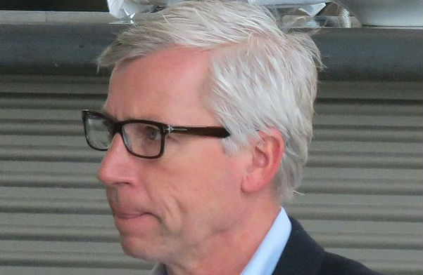 Alan Pardew will dance for Donald Trump's inauguration