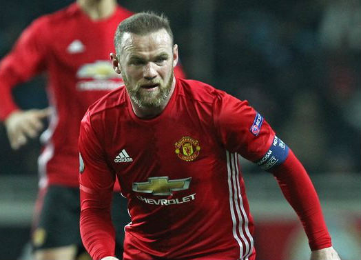 Wayne Rooney equalled Sir Bobby Charlton's record with his knee