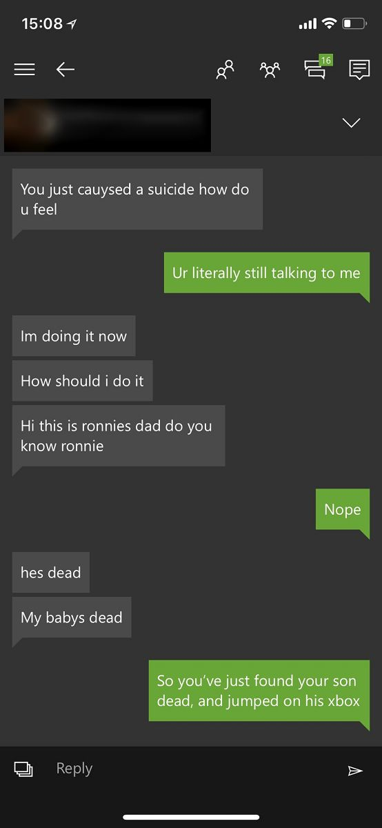 A FIFA player claims to be dead in his first messages sent after an online defeat