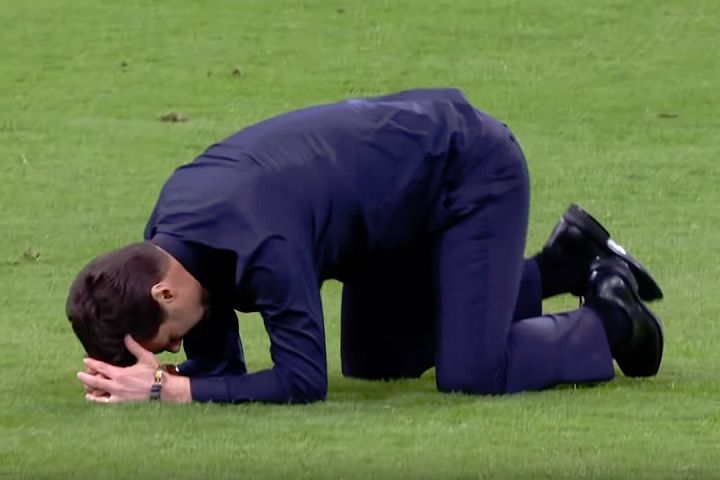 Mauricio Pochettino can relax with some funny tweets and jokes from Ajax 2-3 Spurs Champions League semi-final as his side progress