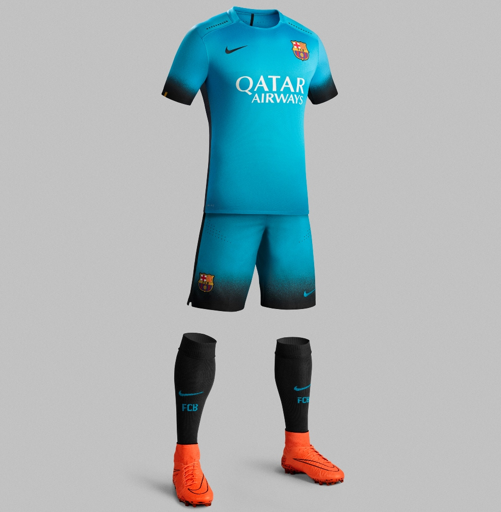 Fc barcelona reveal bright blue 2015 16 nike third kit for Fc barcelone maillot exterieur