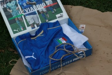 Unboxing the Italy EURO 2016 PUMA Blue Home Football Kit, Soccer ...