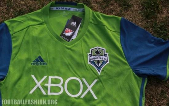 Up-Close: Seattle Sounders FC 2016 adidas Home Jersey, Football Kit, Shirt, Camiseta de Futbol