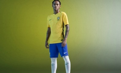 Brazil 2016 Copa América Home and Away Football Kit, Soccer Jerse, Shirt. Camiseta de Futbol, Camisa do Futebol 2017