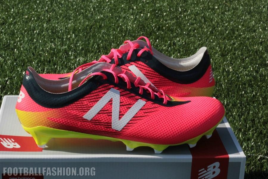 nb soccer boots