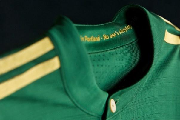 portland-timbers-2017-adidas-soccer-jersey (3)
