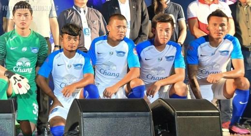 chonburi-fc-2017-nike-kit (4)