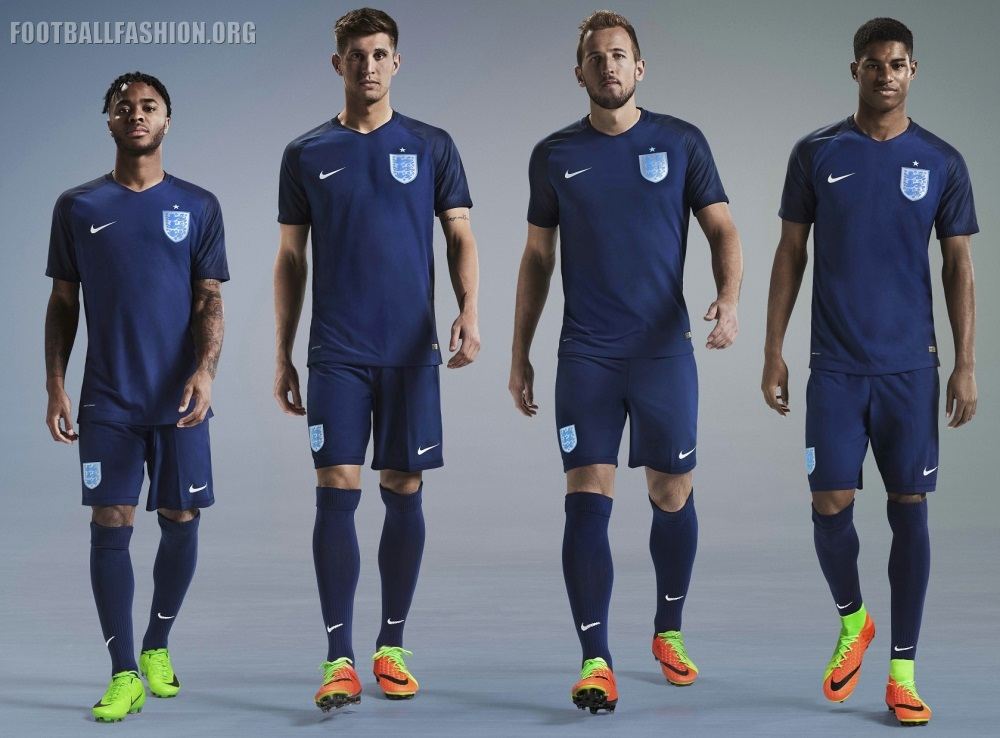 2017-england-vapor-match-away-third-foot