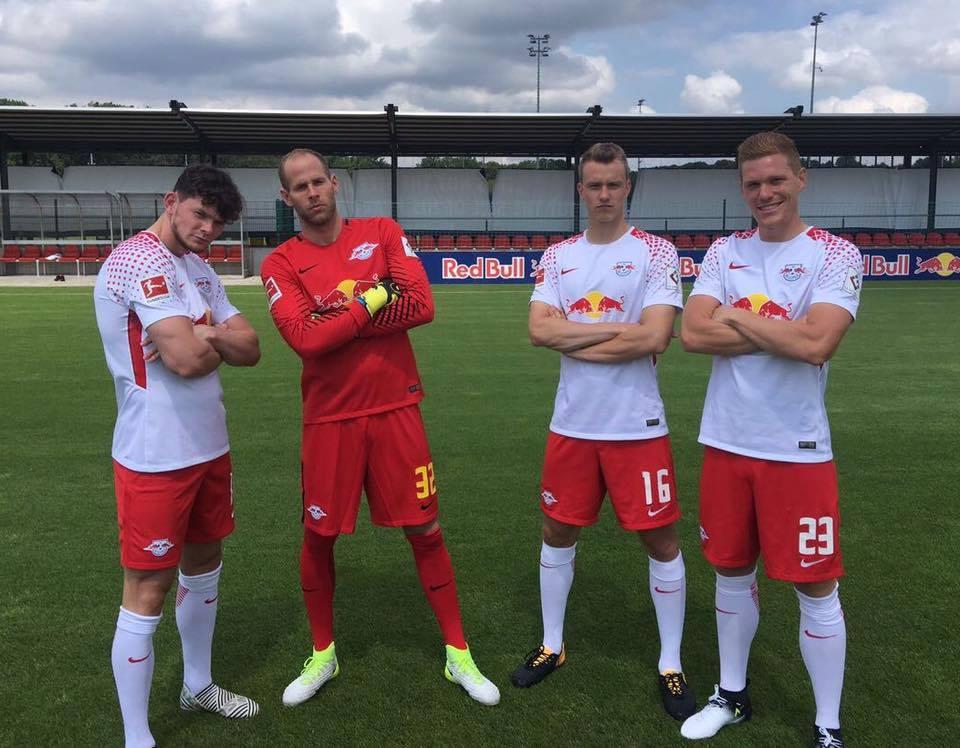 RB Leipzig 2017 18 Nike Home and Away Kits – FOOTBALL FASHION.ORG 5613f9069