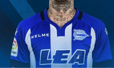 Deportivo Alavés 2017 2018 Kelme Home, Away and Third Football Kit, Soccer Jersey, Shirt, Camiseta de Futbol, Equipacion