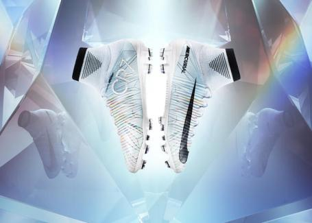 Cristiano Ronaldo Chapter 5: Cut to Brilliance Soccer Mercurial Superfly V Soccer Boots