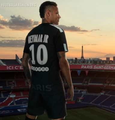 Paris Saint-Germain 2017 2018 Nike Black Third Football Kit, Soccer Jersey, Shirt, Camisa, Camiseta, Trikot, Maillot