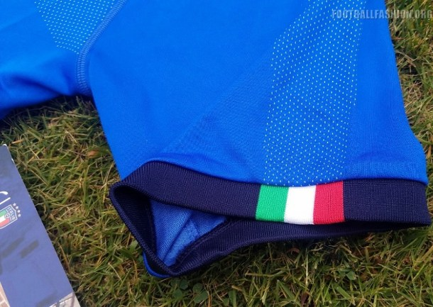 italy-2017-2018-puma-home-soccer-jersey (3)