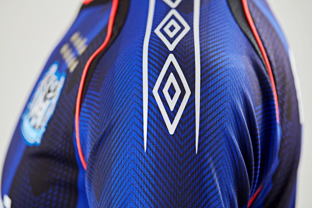 9a0bcc20988 Gamba Osaka 2018 Umbro Home and Away Kits - FOOTBALL FASHION.ORG