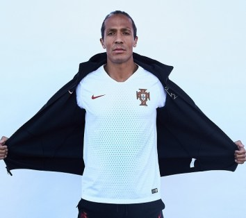 portugal-2018-world-cup-kit (17)