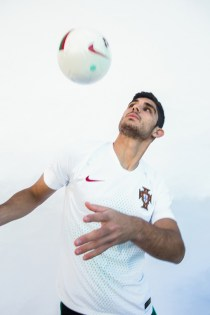 portugal-2018-world-cup-kit (3)