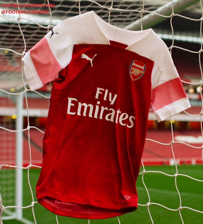 1543e31c The Arsenal 18/19 home jersey uses a bespoke design from PUMA Football that  is currently not used for any of the sportswear firm's other club or  federation ...