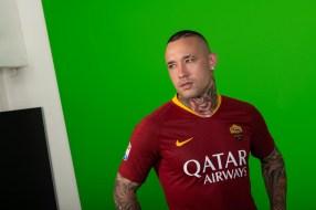 as-roma-2018-2019-nike-home-kit (2)