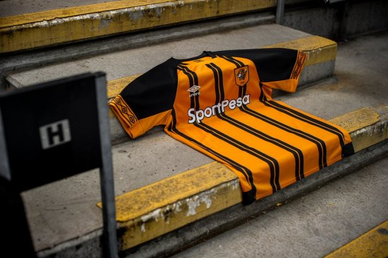 Hull City 2018 2019 Umbro Home Football Kit, Soccer Jersey, Shirt