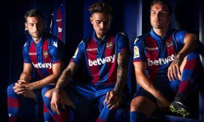 Levante UD 2018 2019 Macron Home Football Kit, Soccer Jersey, Shirt, Camiseta de Futbol, Camisa