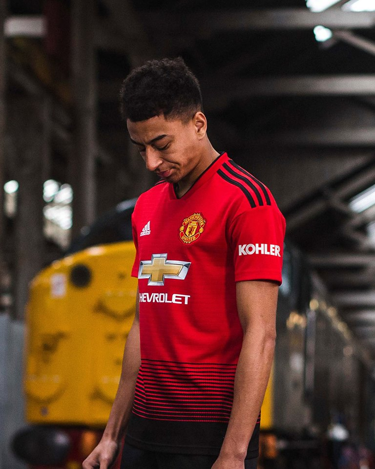 Image result for man united jersey 2018 2019