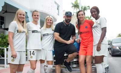 PSG's Women's 2018 2019 Nime Away Football Kit, Soccer Jersey, Shirt, Maillot