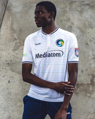 new-york-cosmos-2019-inaria-jersey (9)