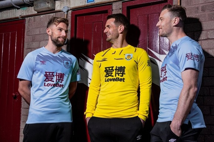 Burnley FC 2019 2020 Umbro Away Football Kit, Soccer Jersey, Shirt