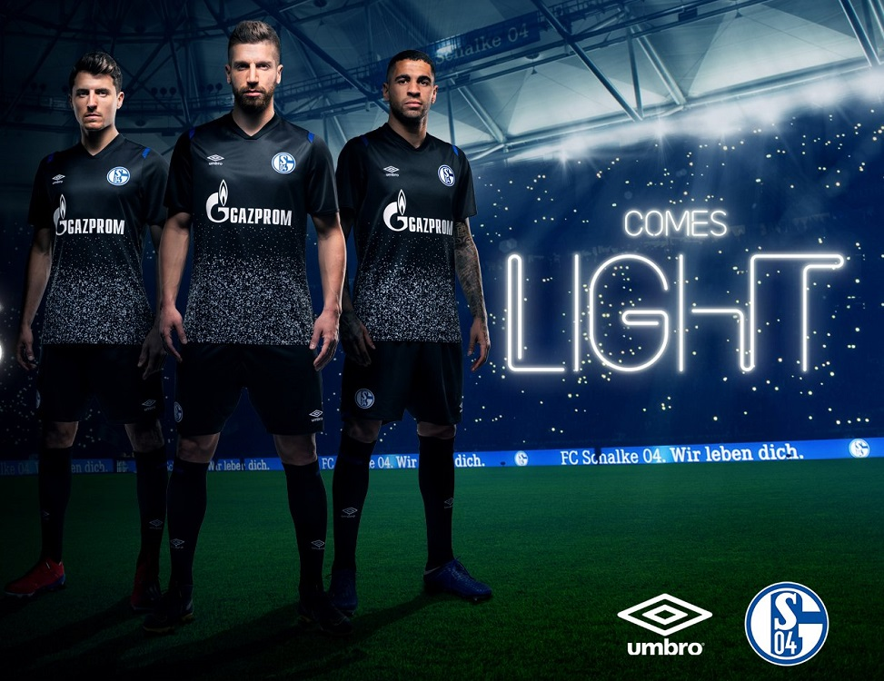 Umbro FC Schalke 04 Away SS Uomo in Jersey Uomo Abbigliamento ...