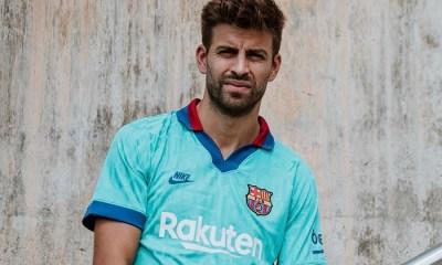 FC Barcelona 2019 2020 Nike Green 90s Third Football Kit, Soccer Jersey, Shirt, Camiseta, Equipacion, Camisa, Maillot, Trikot, Tenue