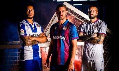 Levante UD 2019 2020 Macron Football Kit, Soccer Jersey, Shirt, Camiseta de Futbol