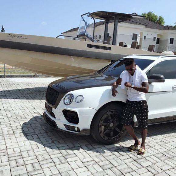 Obafemi Martins Flaunt His Latest Bentley Car
