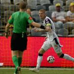 A-League New Year's Wrap: Glory shift the goal-posts & City's first-half blitz sees off Wanderers