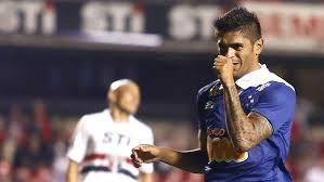 Cruzeiro cruise into contention in Brazil