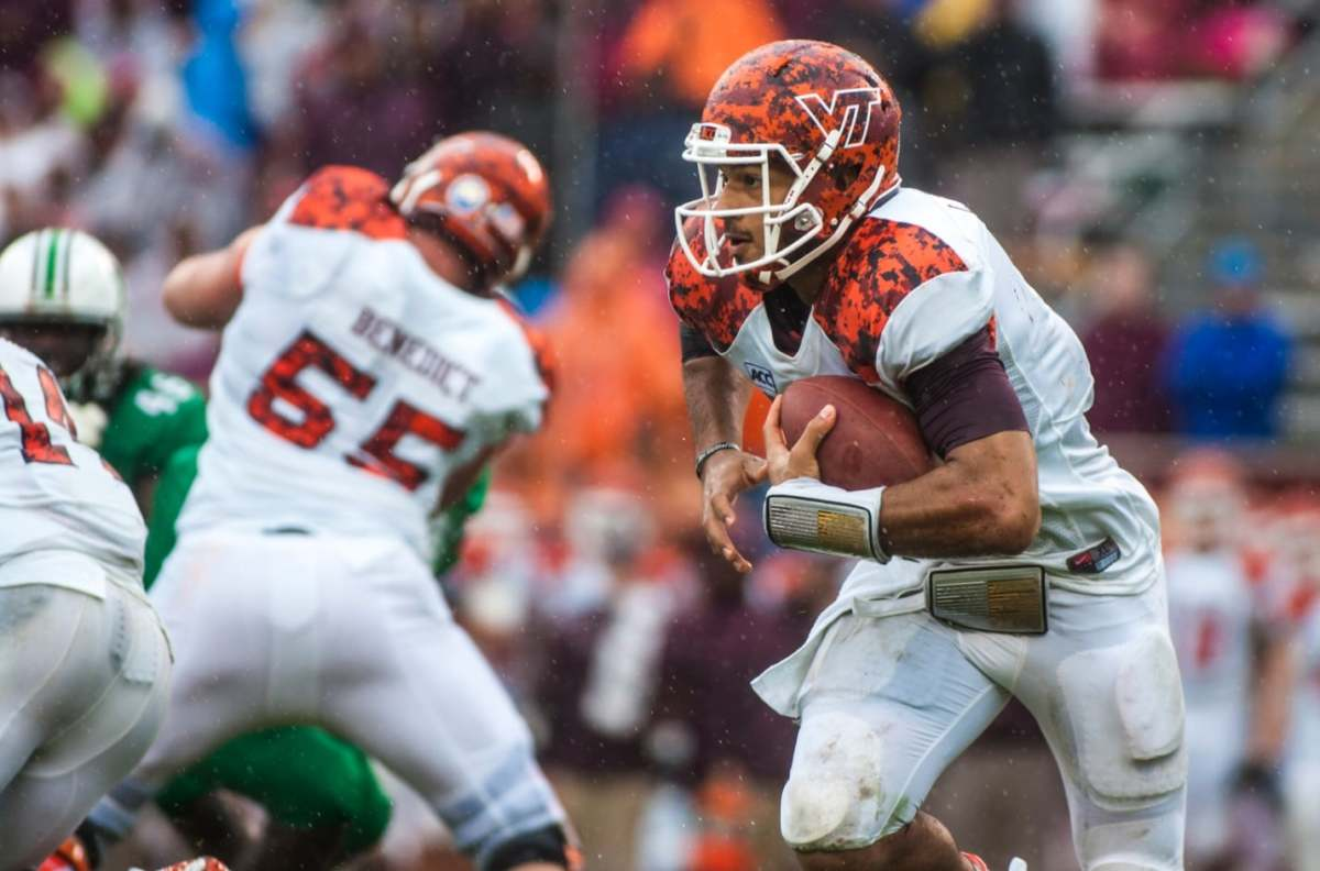 The Top 10 Worst Uniforms in (Modern) College Football History -  FootballScoop f1b04a3ef