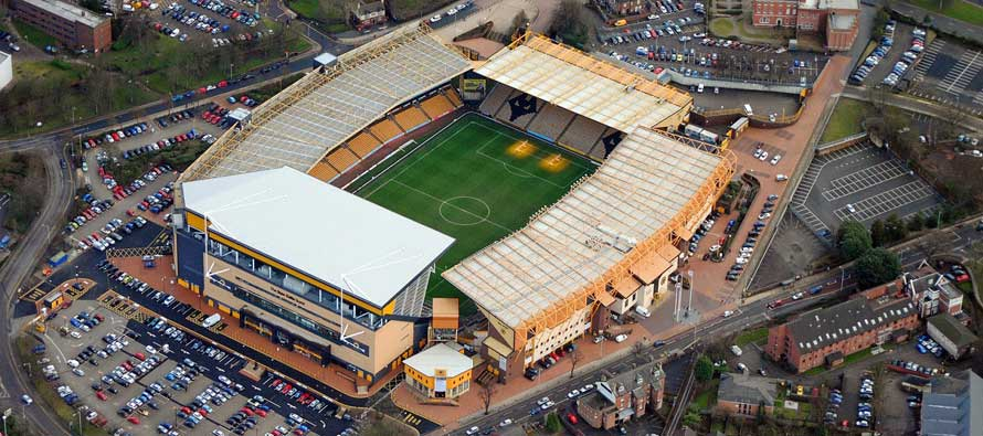 Molineux Stadium Guide  Wolves FC  Football Tripper