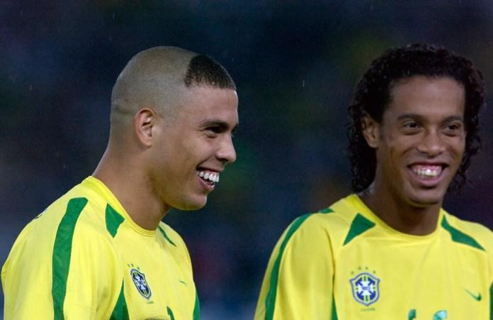 Роналдо и Рональдиньо фото футболистов