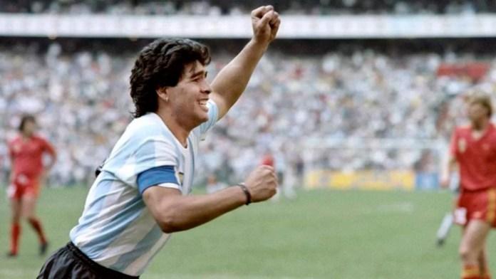 Диего Марадона в сборной Аргентины фото