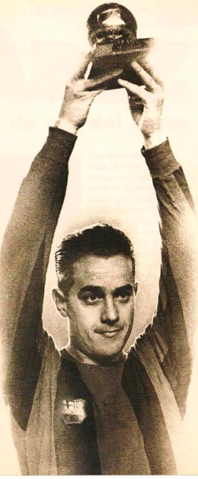 Луис Суарес Мирамонтес футболист Барселоны фото