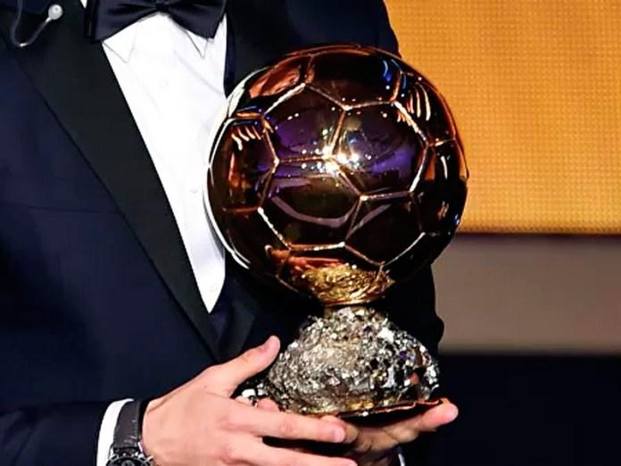 Самая престижная футбольная награда - Золотой мяч