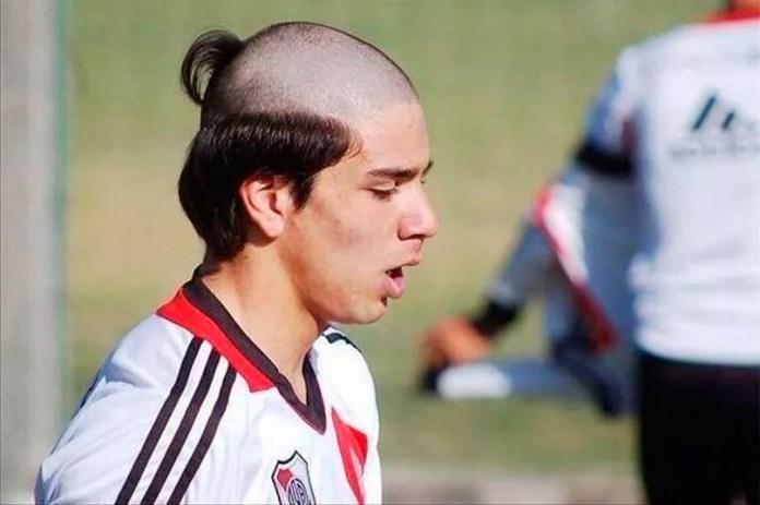 Фото прически футболиста