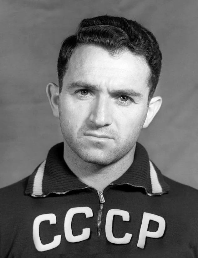 Никита Симонян фото футболиста