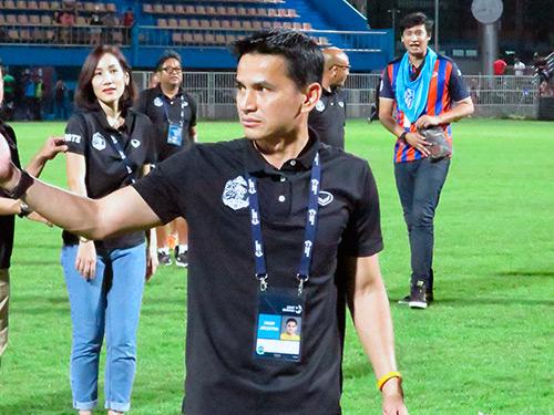 Киатисук Сенамуанг сборная Таиланда по футболу