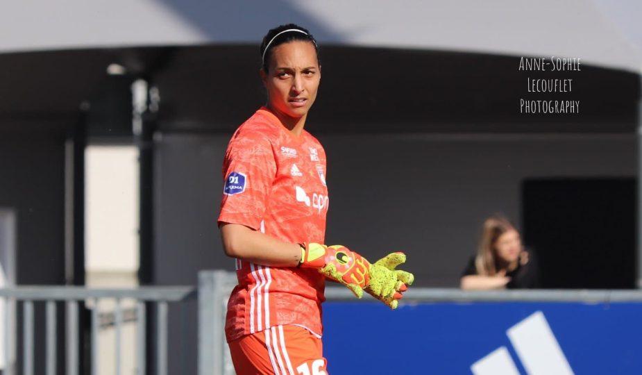Sarah Bouhaddi a été nommée meilleure gardienne du monde en 2020 par l'IFFHS, la fédération internationale de l'Histoire du sport.