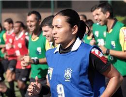 Edina Alves va être la première arbitre au Mondial des clubs